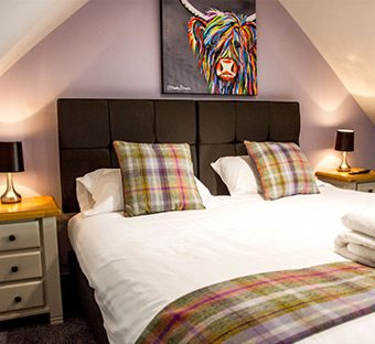 Knowes Hotel Macduff Bedroom